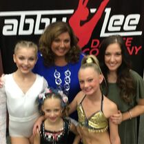 709 Abby and Gia with soloists