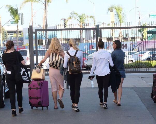 File:724 HQ - Team leaving the comp (1).jpg