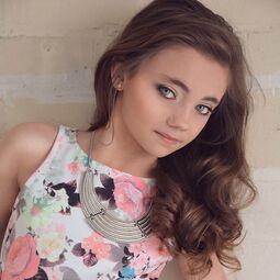 Leah Rose Dollworx Headshot