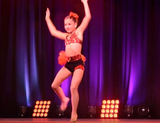 File:Abby's Ultimate Australian Tour - Boom Boom - Solo.JPG