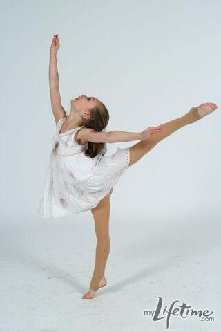 File:Dancemoms maddie 2.jpg
