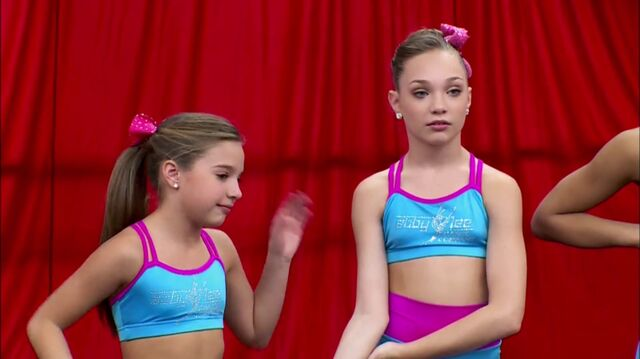 File:Maddie and Mackenzie - Hollywood Round 2 - Touche you are spot on.jpg