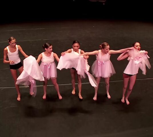 File:528 CADC Group - A Very Special Episode of Dance Moms - GMCLA.jpg