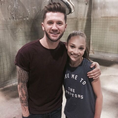 File:Travis Wall and Maddie Ziegler - rehearsal for Pretty Little Liars - 3May2015.jpg