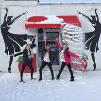 ChloeS AshtinS HaleyH snowfall 2015-02-27