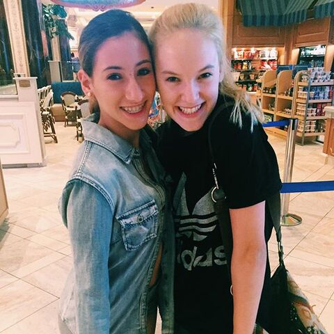 File:Addison and Sarina - 2015-07-03.jpg