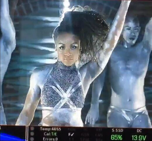 File:Nia music video shoot videocapture.jpg