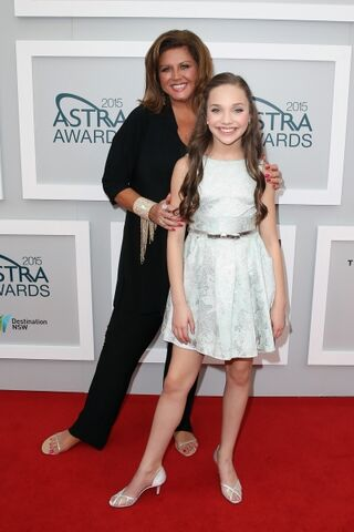 File:Maddie and abby astra awards.JPG