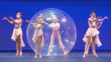 601 The Girl In The Plastic Bubble 10