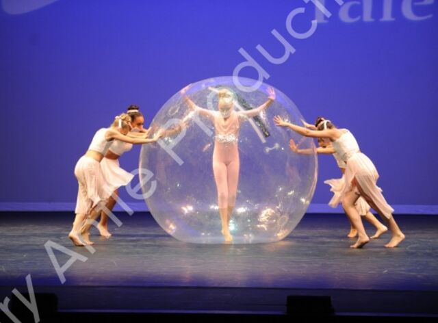 File:601 The Girl In The Plastic Bubble 2.jpg