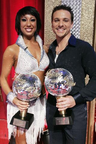 File:Drew-Lachey-Cheryl-Burke-win-DWTS-20061.jpg