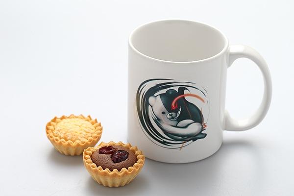 File:Dr reload cafe collaboration merchandise (1).png