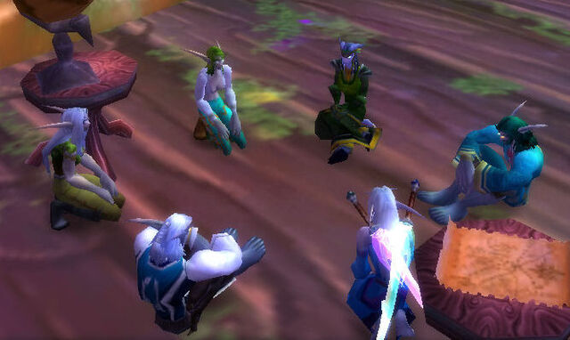 File:Lethys discussing matters with the Twilight Expedition.jpg