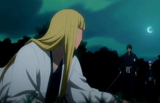File:Aizen looks down upon a fallen Shinji.png