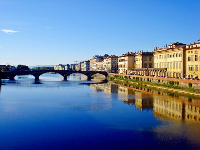 File:The river Arno Florence by nuvole90.jpg