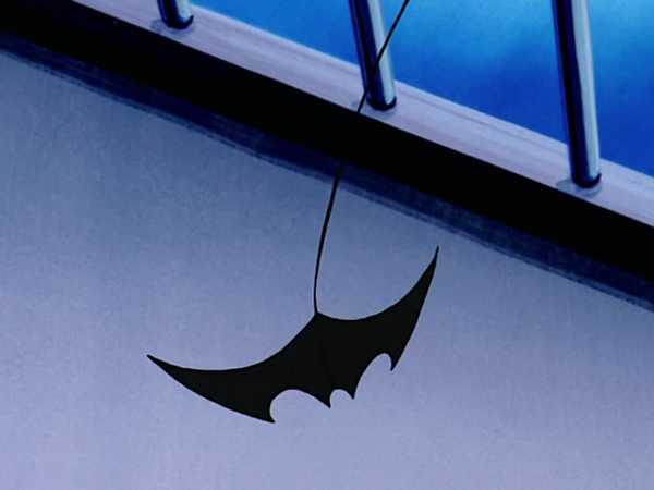 File:Terry's traditional batarang.png