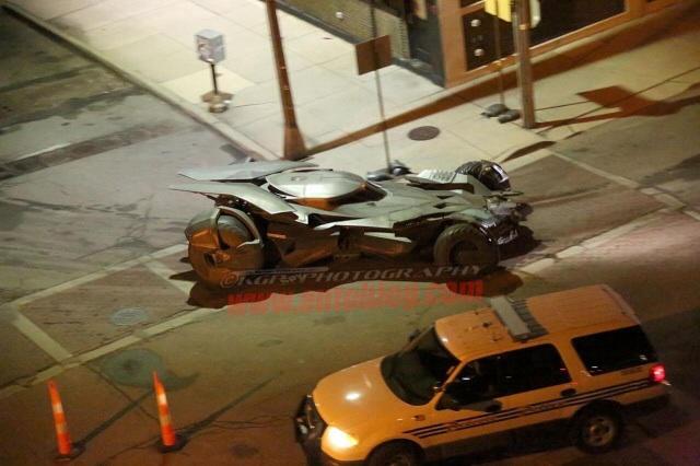 File:Batmobile on the set of Batman v Superman Dawn of Justice.jpg