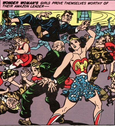 Wonderwoman and holiday girls