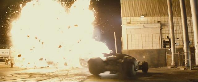 File:Batman v Superman 57.png
