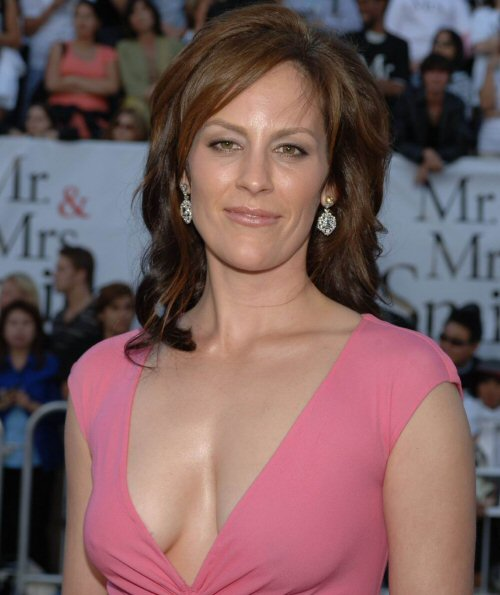 annabeth gish sons of anarchy