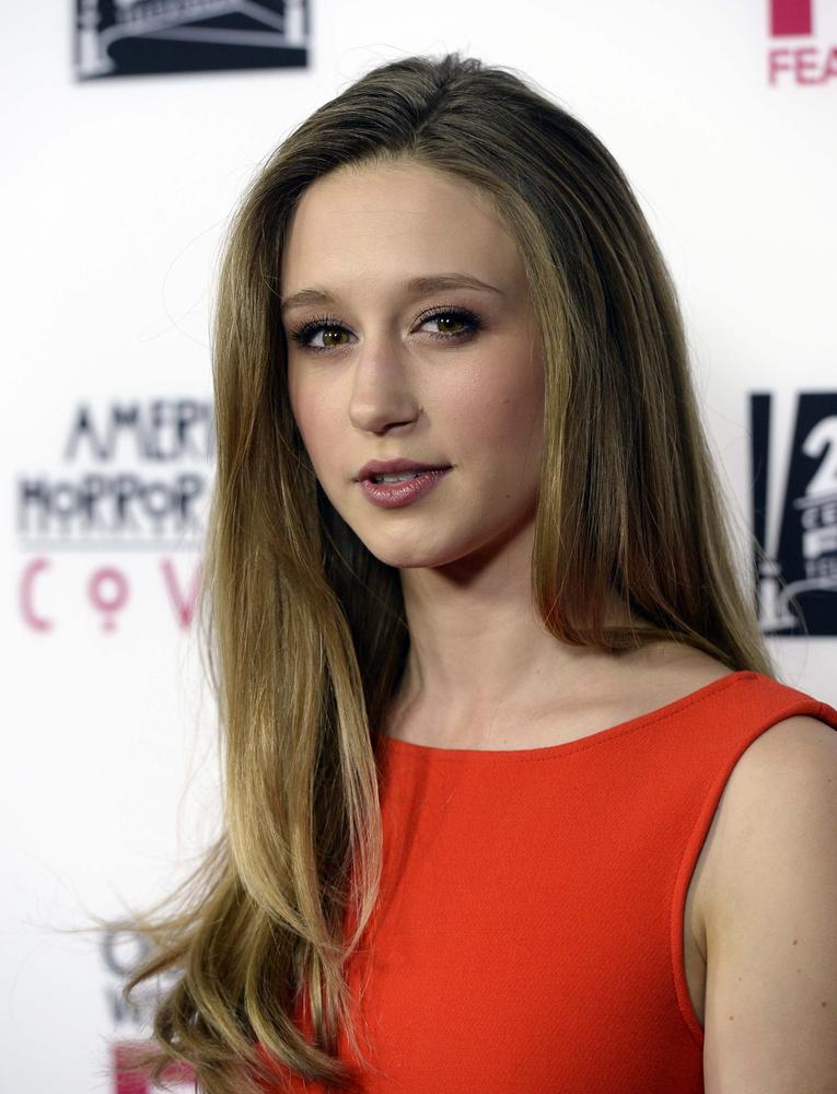 taissa farmiga smokes
