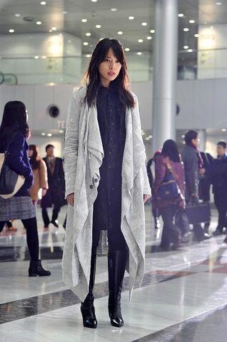 File:LNW Misa Amane promo 5.jpg