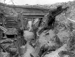250px-Cheshire Regiment trench Somme 1916