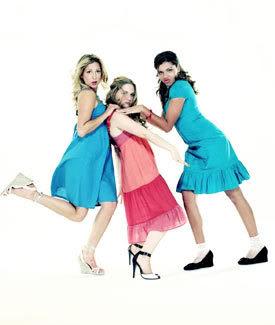 File:Dresses5-dtng.jpg