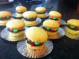 File:Burger cupcakes.jpg