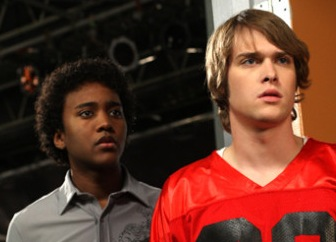 File:02-degrassi-919-peter1-danny.jpg