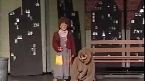 """Ariana Grande 8 years old debut in Annie as Annie singing """"Tomorrow"""" with Interviews"""
