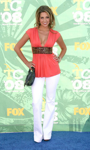 File:2008+Teen+Choice+Awards+Arrivals+QQQ6jW9YiGKl.jpg