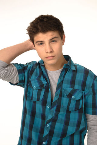 File:565x847-degrassi-luke-bilyk.jpg