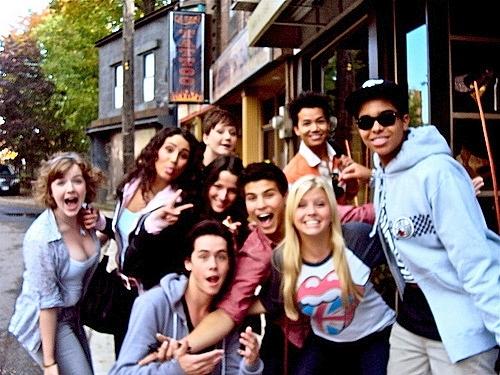 File:Degrassi cast 1.jpg