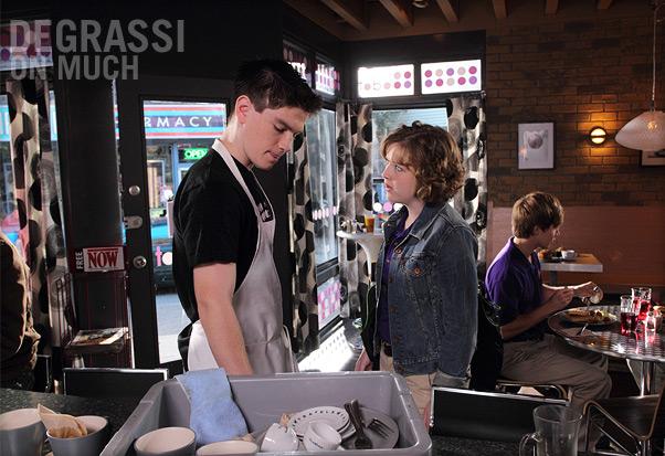 File:Degrassi-episode-38-07.jpg