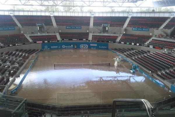 File:Pat-rafter-arena-is-a-big-pool-245292.jpg