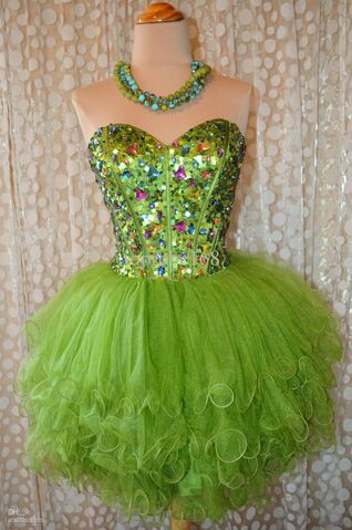 File:H15-green-tulle-crystals-strapless-real-photo.jpg