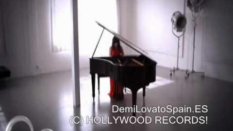 Demi Lovato - Lo Que Soy (Music Video)