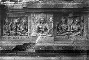 COLLECTIE TROPENMUSEUM Reliëf met Lokapala op de aan Shiva gewijde tempel op de Candi Lara Jonggrang oftewel het Prambanan tempelcomplex TMnr 10016205