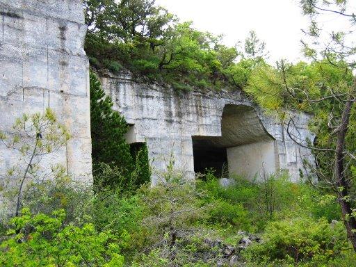 Fichier:Caves01.jpg