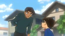 Heiji teasing Conan