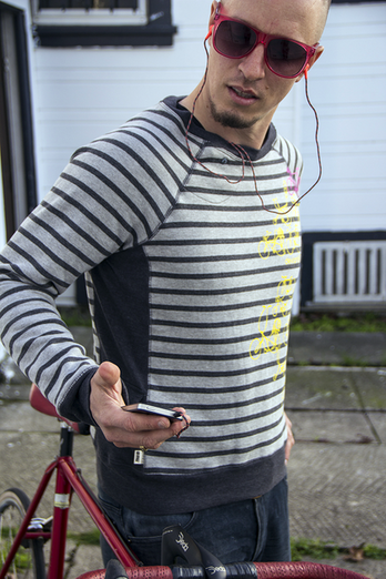 Circles And Lines Headphone Pullover