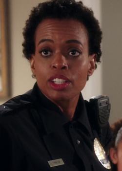Female Cop (3.13)