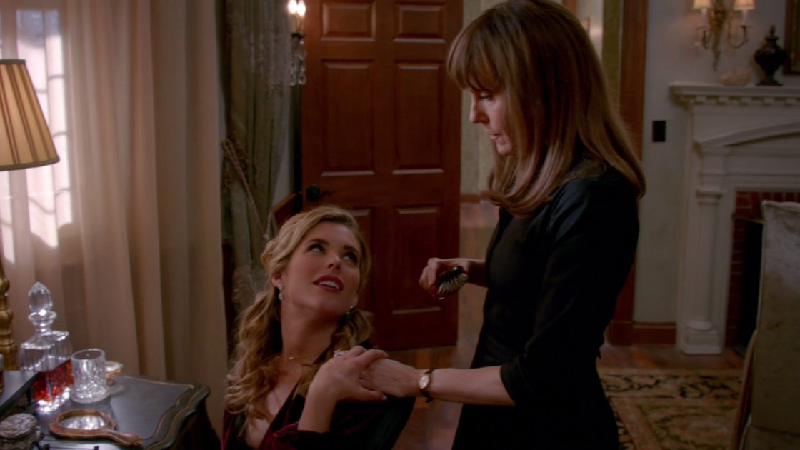 Lesbian seduces her maid viv thomas hd - 3 1