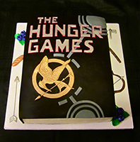 Datei:FFF14-Hunger-Games-Buchkuchen.jpg