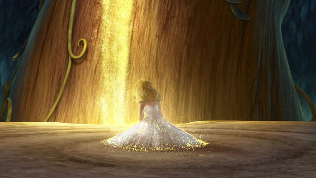File:Tinker Bell's Arrival - Tink Is Born.jpg