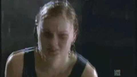 Riddick and Caroline fight scene (Pitch Black)