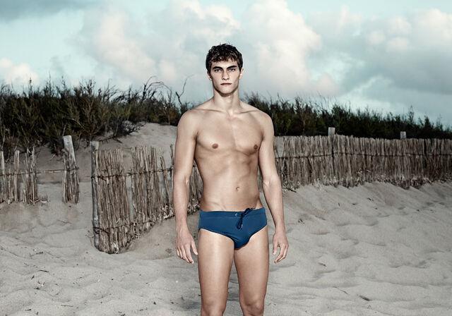 File:SS15-beachwear-man-2.jpg