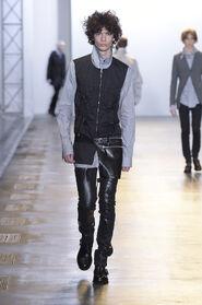SS16-Milan-Mens-Black-Gold-catwalk-29