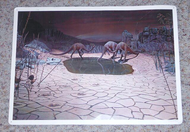 File:Primeval World Struthiomimus card front.jpg